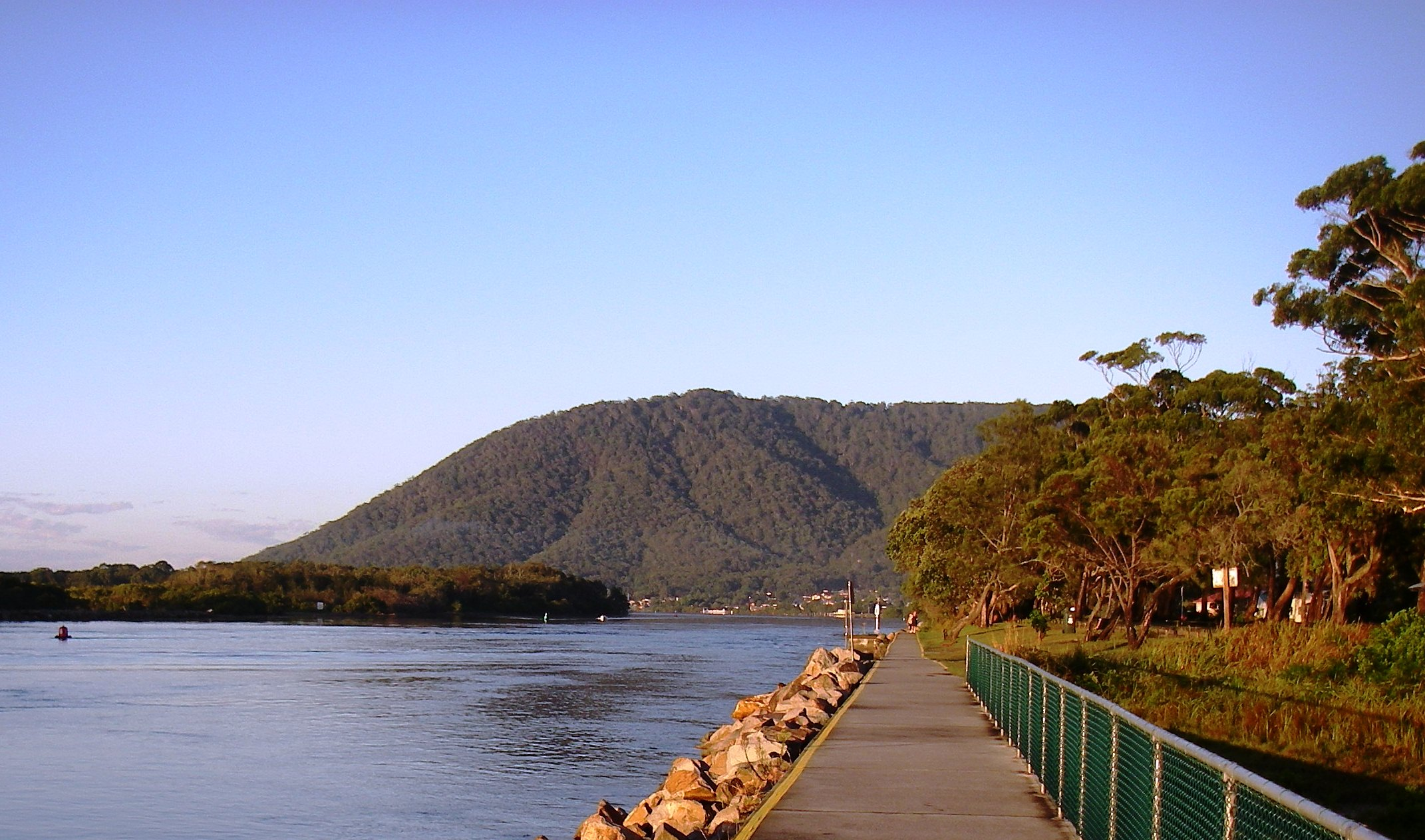 Water views along the Hawkesbury section of the Great North Walk